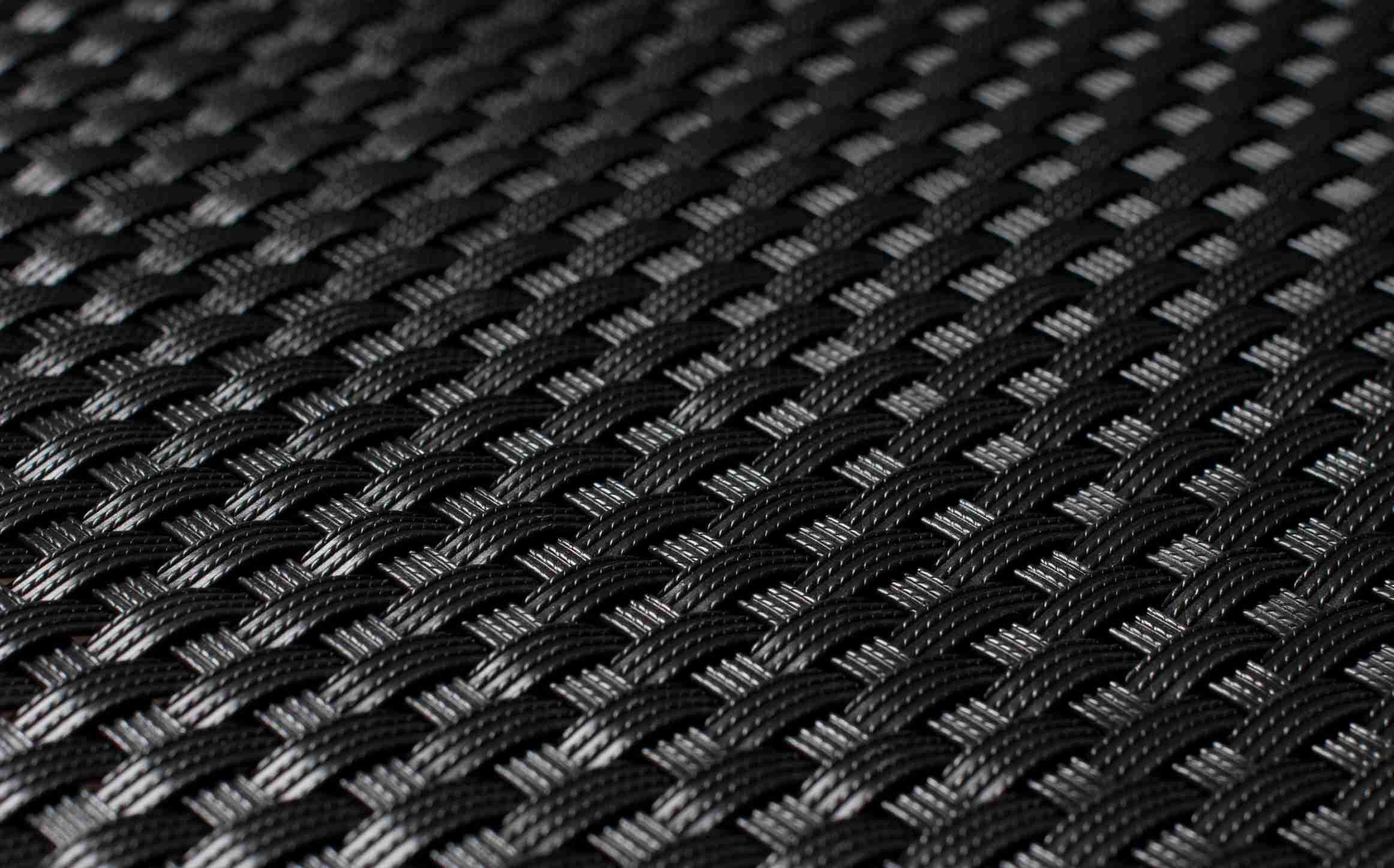 Umělý ratan - černá, balení 1x20m