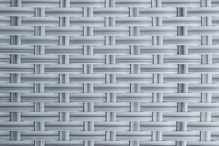 Umělý ratan - světle šedá, výška 1m